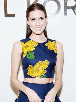 Allison Williams Reveals the Detail She Thinks Every Wedding Dress Needs