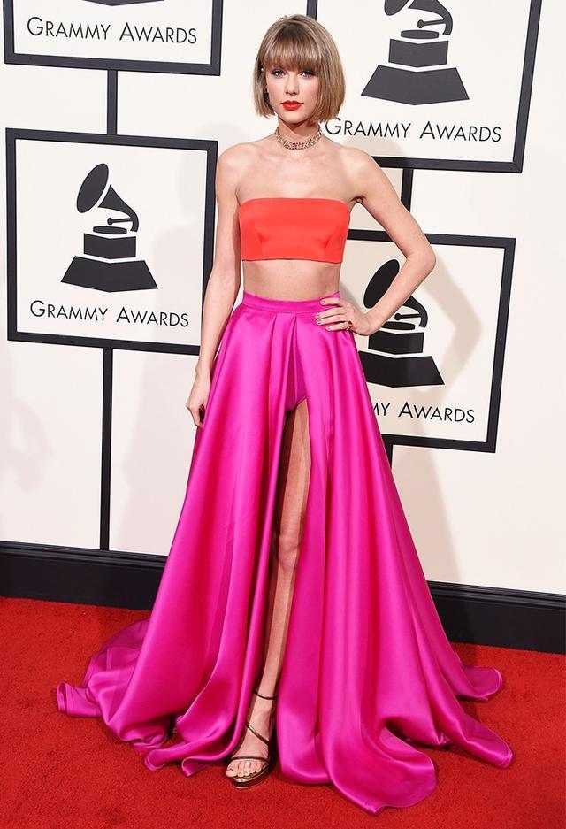 WHO: Taylor Swift WHAT: Nominee, Album of the Year for 1989 WEAR: Atelier Versace dress; Lorraine Schwartz jewellery; Stuart Weitzman shoes.