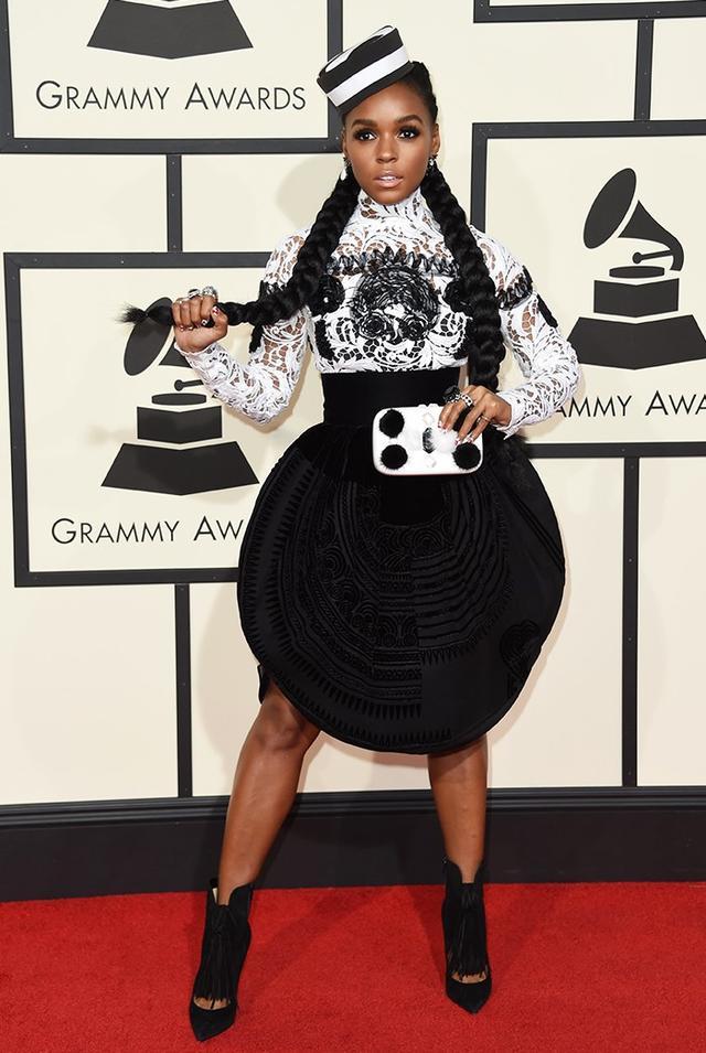 WHO: Janelle Monae WHAT: Singer WEAR: Emm Kuo clutch.