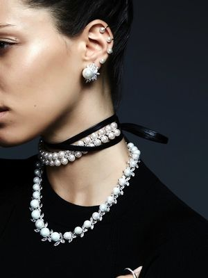 This Crazy-Cool Jewelry Look Will Have You Rethinking Pearls
