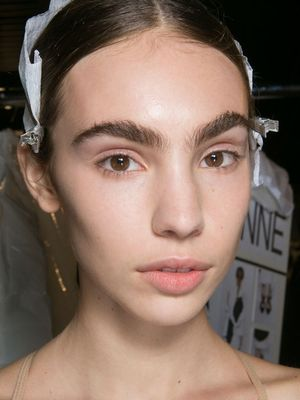 PSA From NYFW: Don't Throw Out Your White Eyeliner