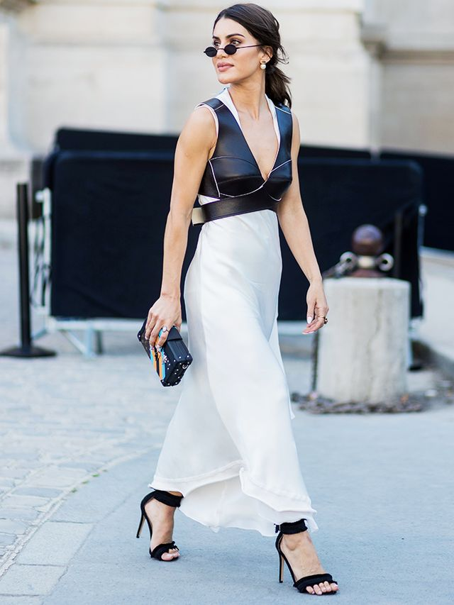 7 Chic Monochrome Outfits To Last You All Week