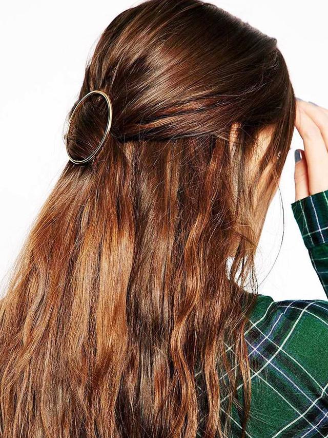 ASOS Circle Hair Brooch