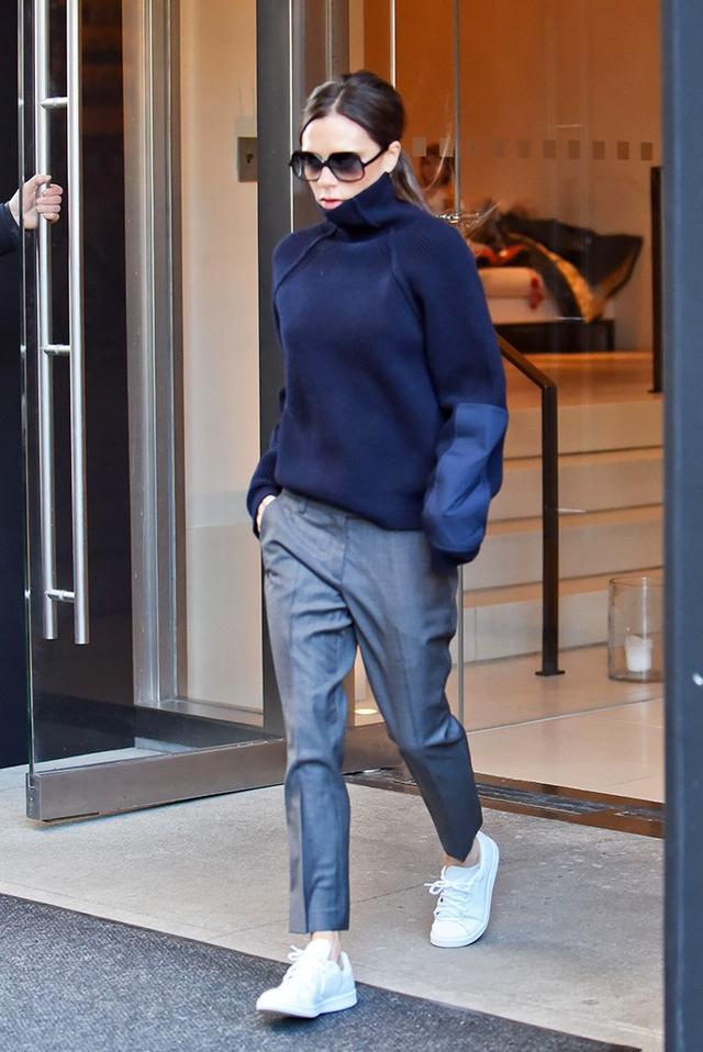 Victoria Beckham, 43