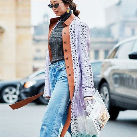 white shoes trend: street styler making white heels look gorgeous with a pair