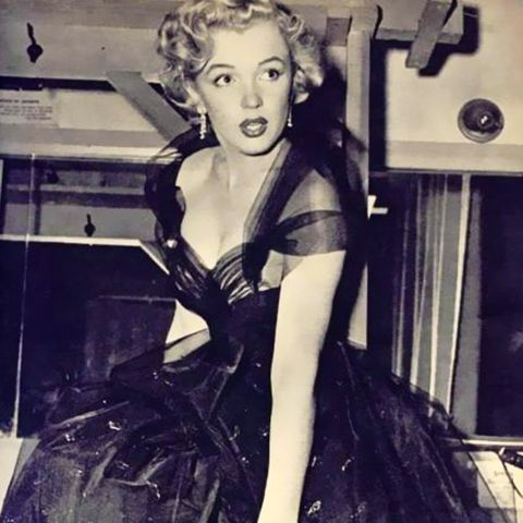 Best Oscars Dresses: Marilyn Monroe, 1951