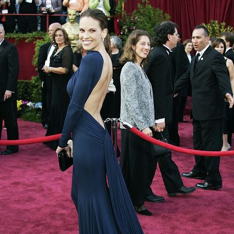 Best Oscars Dresses: Hilary Swank in Guy Laroche, 2005