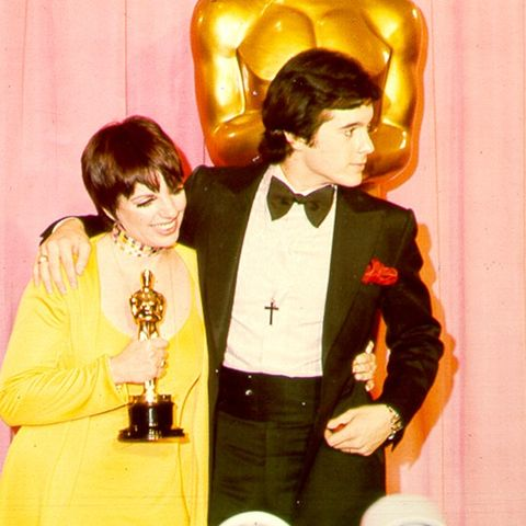 Best Oscars Dresses: Liza Minnelli in Halston, 1972