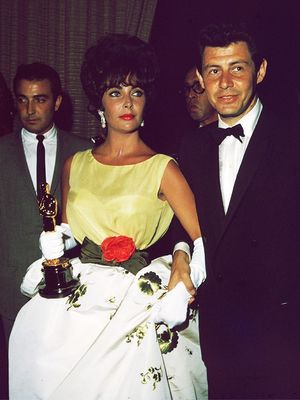 These Vintage Oscars Dresses Are Still Iconic