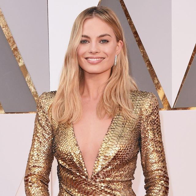 Margot Robbie IS An Oscar Statue in Head-to-Toe Gold Tom Ford