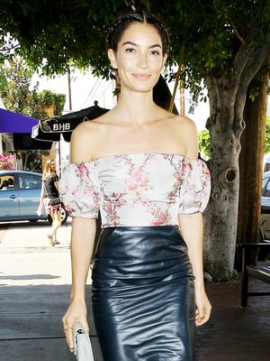 Lily Aldridge Loves This Universally Flattering Trend for Spring