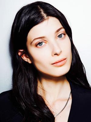 3 Beauty Editor Secrets for Shinier Hair