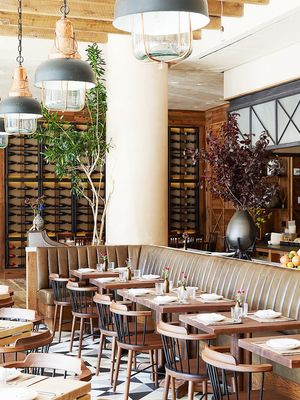 14 Dining Room Décor Tips to Steal From Restaurants