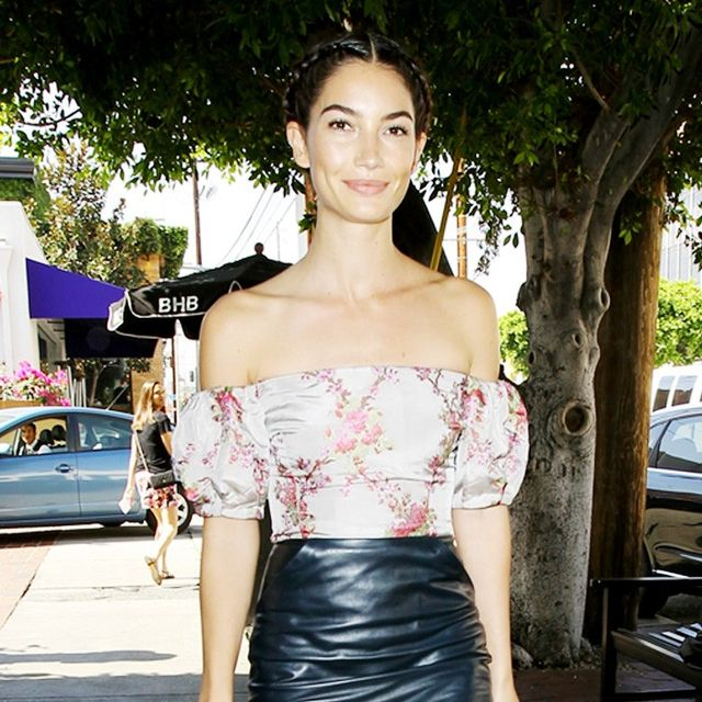 Lily Aldridge Loves This Universally Flattering Trend for Autumn