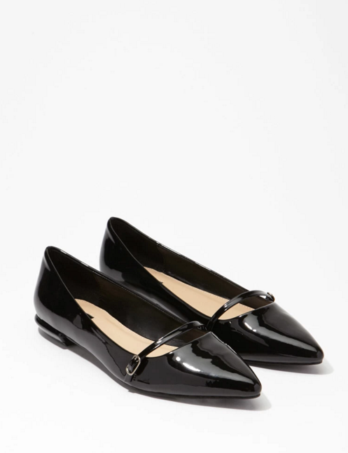 Forever 21 Pointed Faux Patent Flats