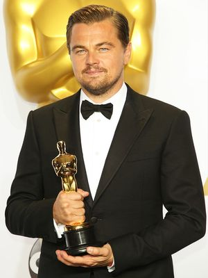 The $885 Titanic Sweatshirt That Sold Out After Leo's Oscar Win