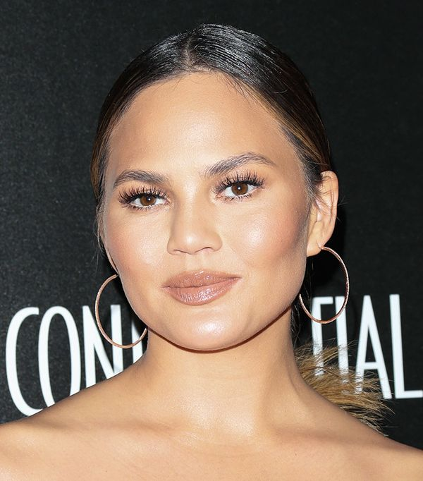 chrissy-teigen-celebrity-beauty-looks
