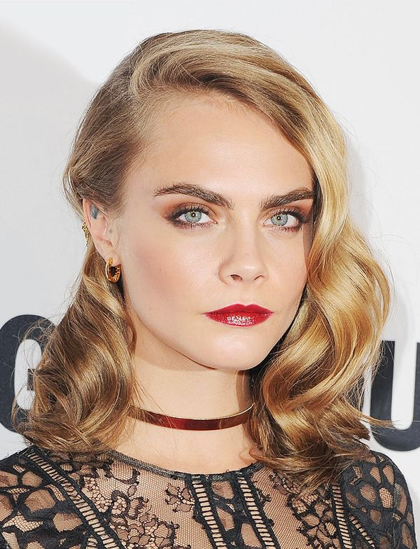 cara-delevingne-celebrity-beauty