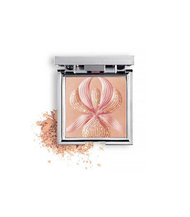 L'Orchidee Highlighting Blush With White Lily
