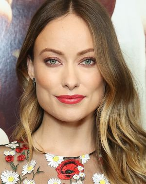 3 Times Olivia Wilde Schooled Us on Wearing Colourful Makeup