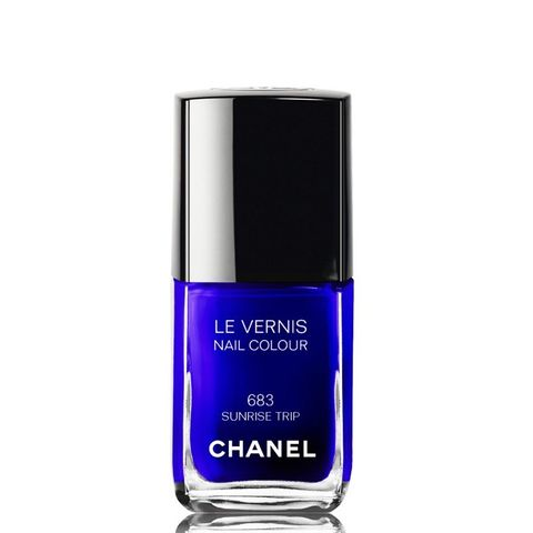 Le Vernis Nail Colour in 683 Sunset Trip