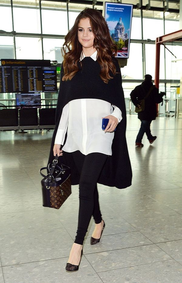 Leggings + Cape + Blouse + Pumps