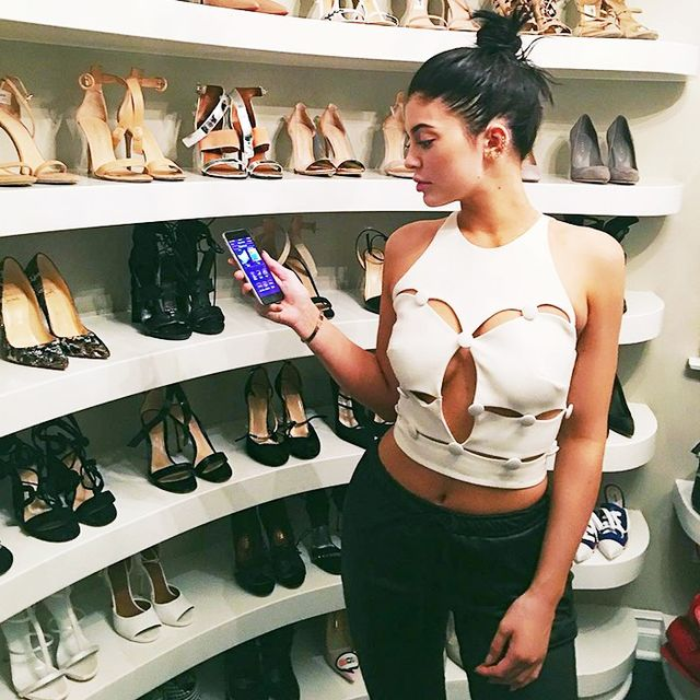 Here's the Celeb-Approved Way to Organize Your Closet