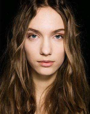 How to Wear Your Hair to Bed for Perfect Next-Day Waves