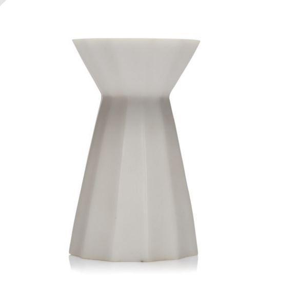 Oly Small Beijing Vase