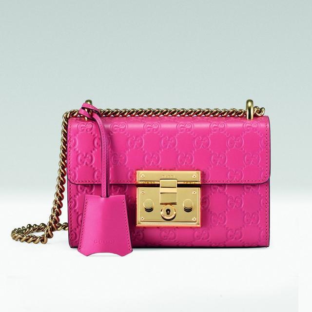 Gucci Padlock Signature Shoulder Bag in Pink