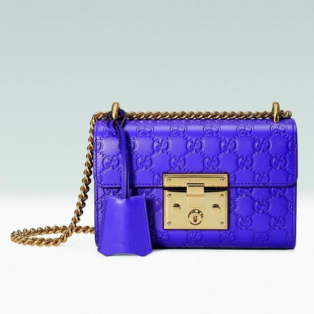 Gucci Padlock Signature Shoulder Bag in Purple