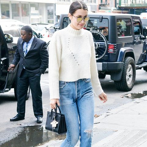 Bella Hadid style: Cute jumper with jeans and heels