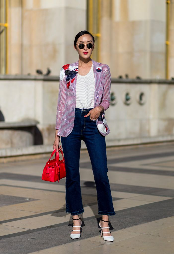 Chriselle Lim jeans and t-shirt outfit ideas