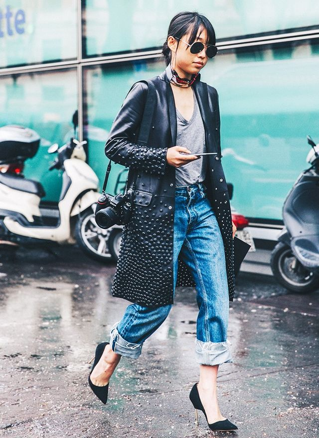 Jeans and a tee may seem a little casual for grabbing dinner and drinks with your girlfriends, but styled with a cute pair of stilettos, silk scarf, and statement coat, the pieces look...