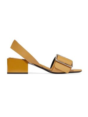 Must-Have: Sculptural Sandals
