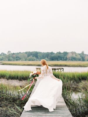 13 Gorgeous Wedding Dress Photos (That We Can't Get Enough Of)