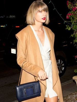 Taylor Swift Knows the Secret to Faking an Expensive Outfit