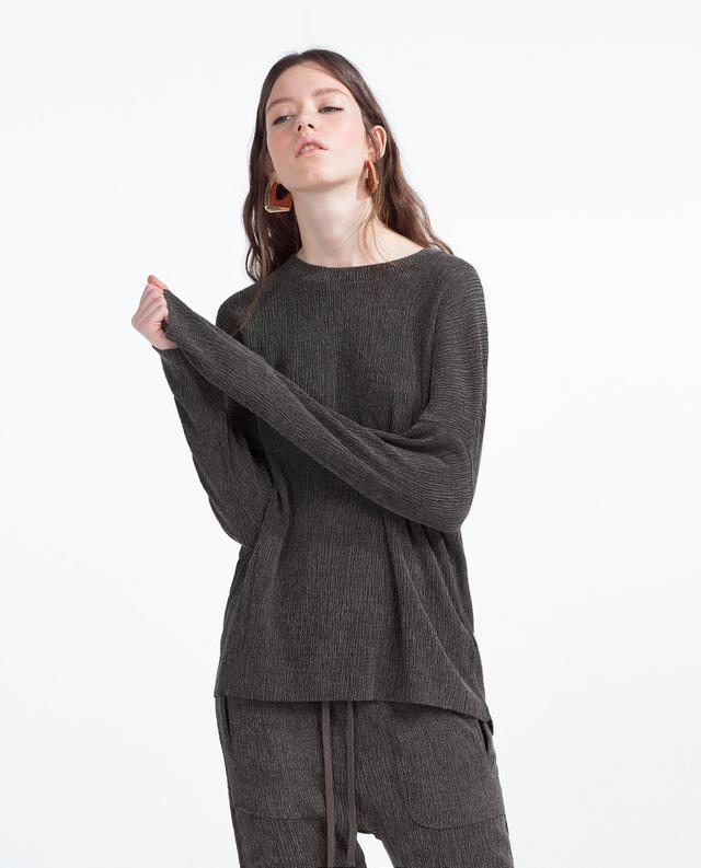 Zara Textured Sweatshirt