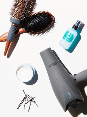 7 Styling Tricks Hairstylists Use on Themselves
