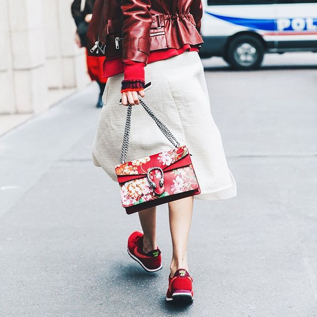 The Dos and Don'ts of Wearing Sneakers
