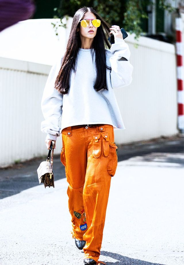 On Gilda Ambrosio: Vetements sweatshirt; and Kenzo trousers.