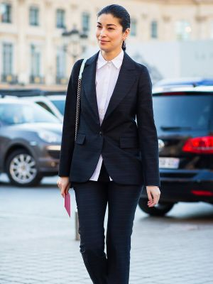The Golden Rules You Should Know About Office Dressing