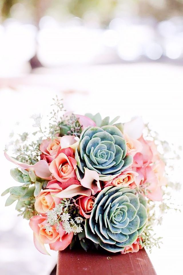 12 stunning wedding bouquets that went viral on pinterest sensational succulents junglespirit Gallery