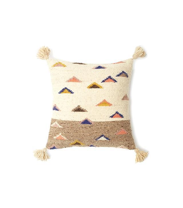 Minna The Mountain 20x20 Pillow