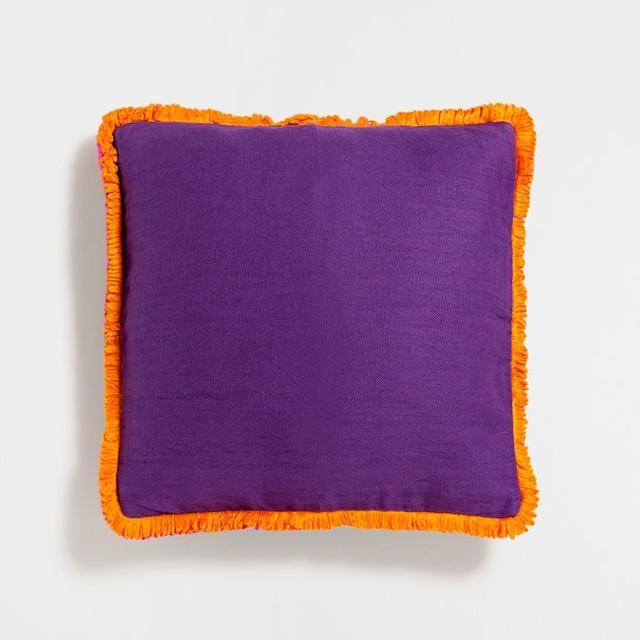 Zara Home Contrasting Trim Cushion