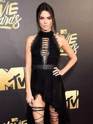 The Best Dressed Celebs At The 2016 MTV Movie Awards