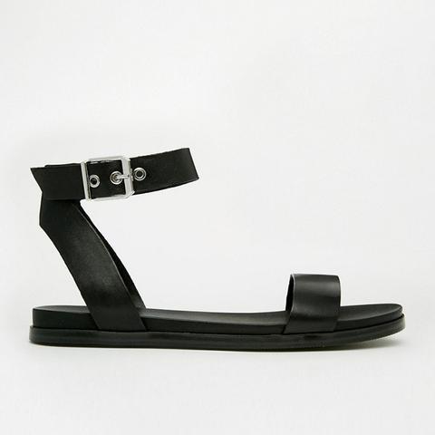 Erina Black Simple Strap Flat Sandals