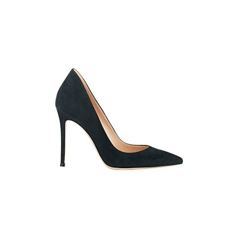 Ellipsis Pumps