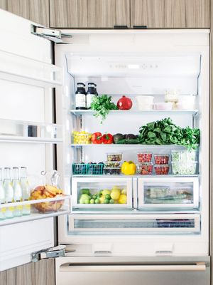 Who Knew? These 5 Foods Shouldn't Be Stored in the Fridge