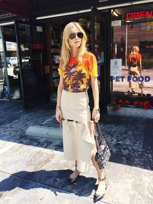 Style Notes: Pernille Teisbaek sharedher Coachella looks on her site, The You Way, and we instantly took a shining to this one: It's the Miami Vice–tinged aviators and palm tree...